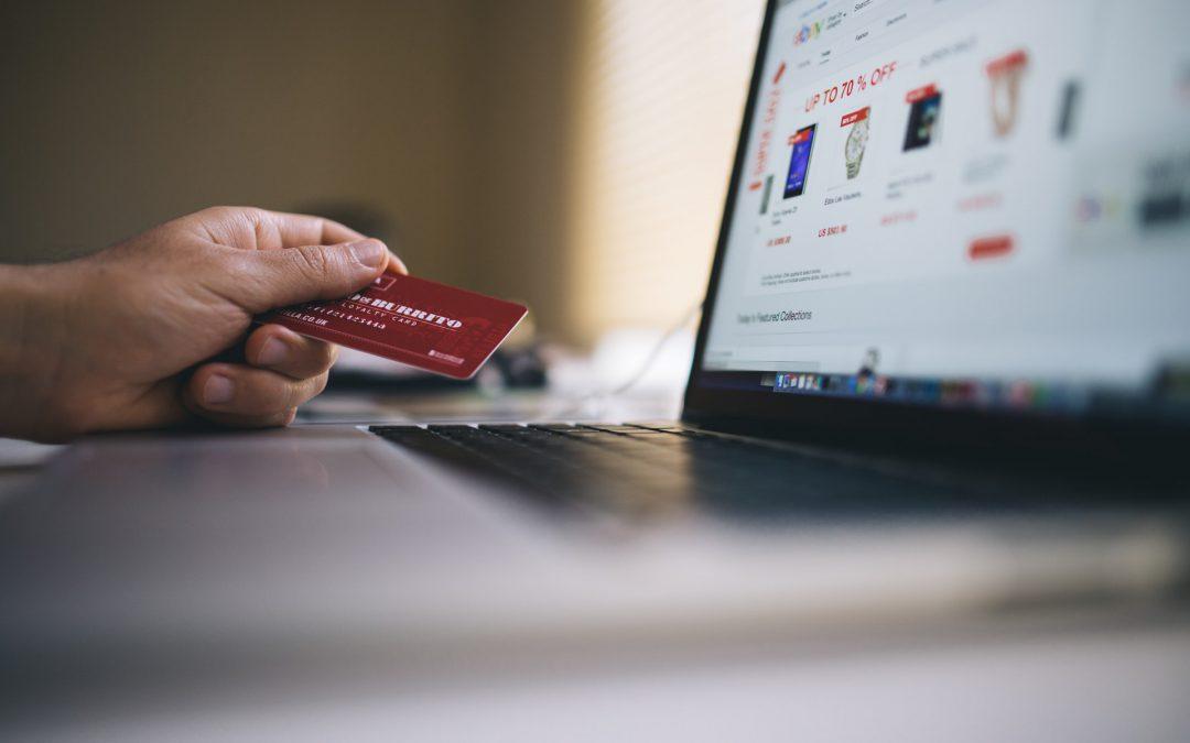 Cómo cobrar en tu tienda: TPV fijo, TPV virtual y TPV móvil.